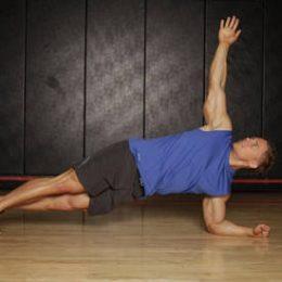 حرکت پلانک چرخشی Plank with Twist